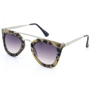 EASON EYEWEAR Spotted Aviator Sunglasses Shades